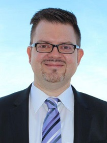 Steuerberater, Patrik Luzius